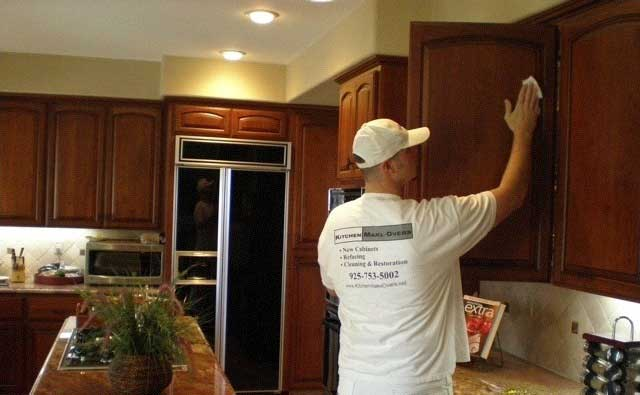 Cabinet Restoration Experts - Kitchen Makeovers, Inc